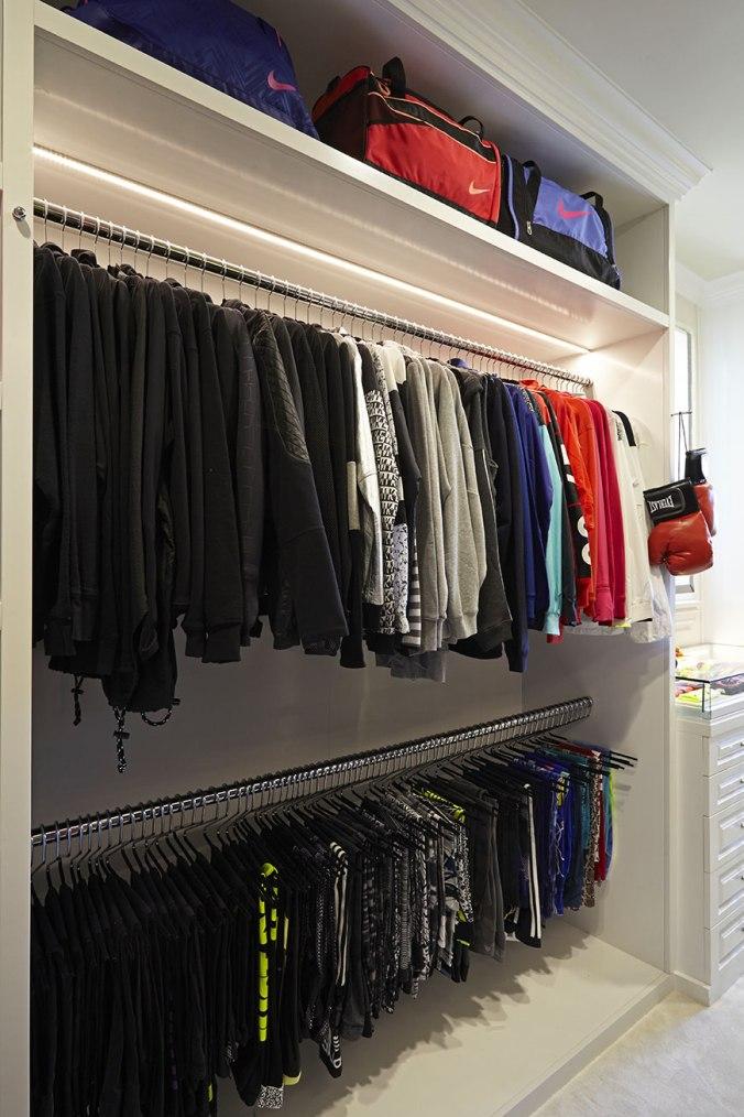 khloe-kardashian-closet-7