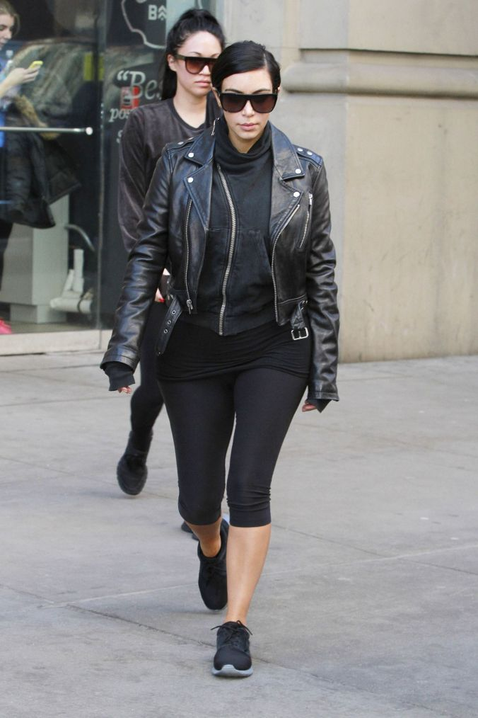 kim-kardashian-street-style-out-in-new-york-city-february-2015_4